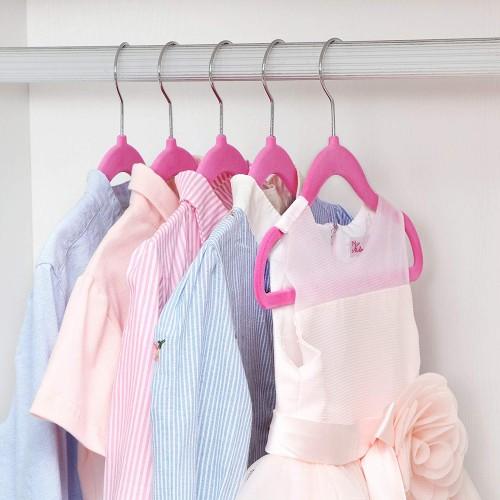 20 Stück Kleiderbügel für Kleinkinder//Babykleidung ... Samt überzogen